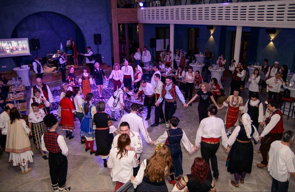 """""""НосиЯ и Танцувай"""" на мегдана в Морско Казино гр. Варна"""